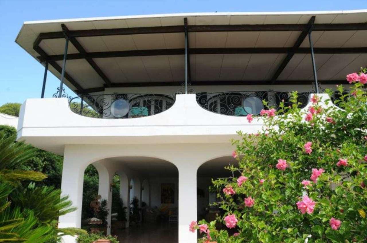 Villa Lecce Vendita 690000 euro 200 mq riscaldamento 05/06/2016