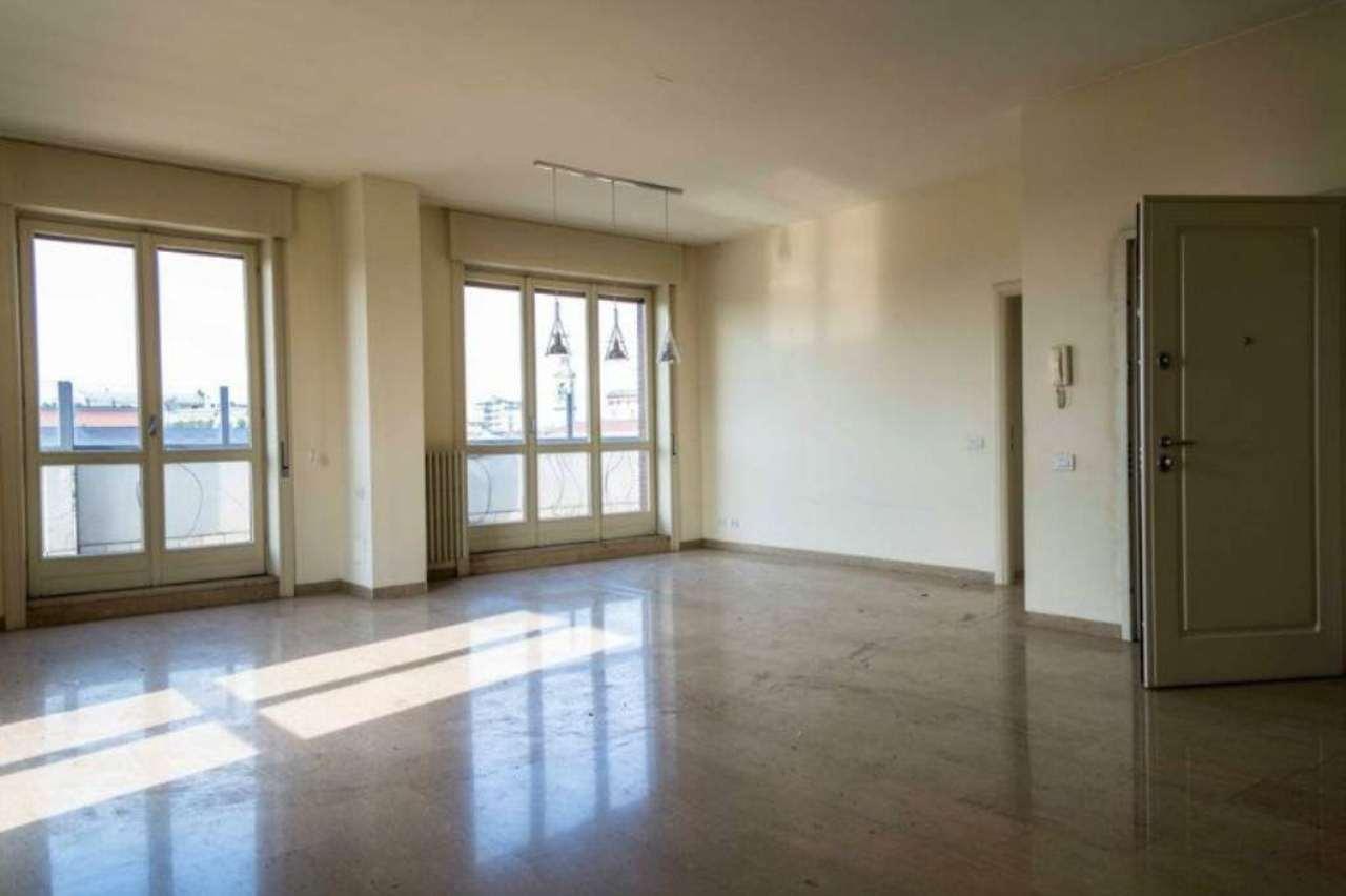 Attico / Mansarda in vendita a Bergamo, 5 locali, prezzo € 960.000 | Cambio Casa.it