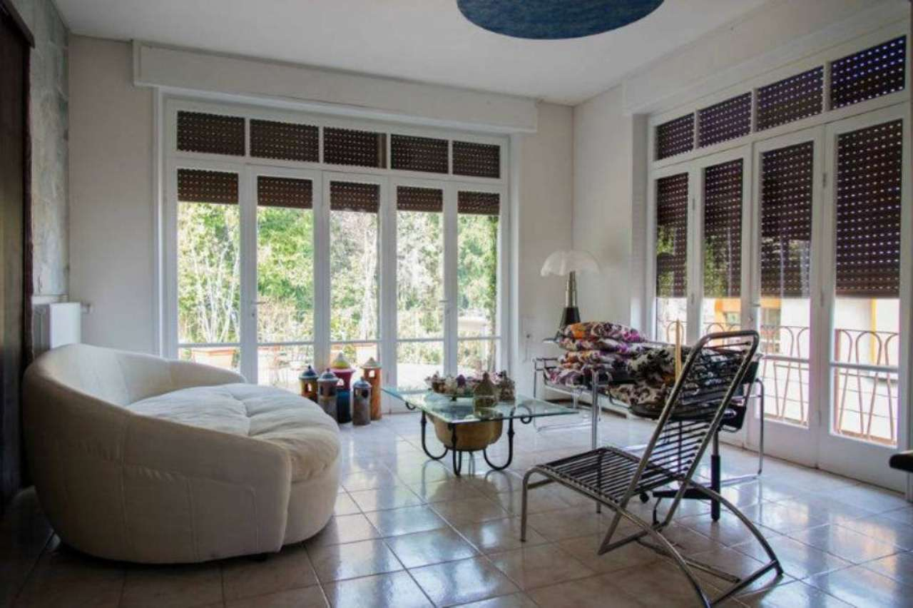 Villa in vendita a Bergamo, 12 locali, prezzo € 900.000 | CambioCasa.it