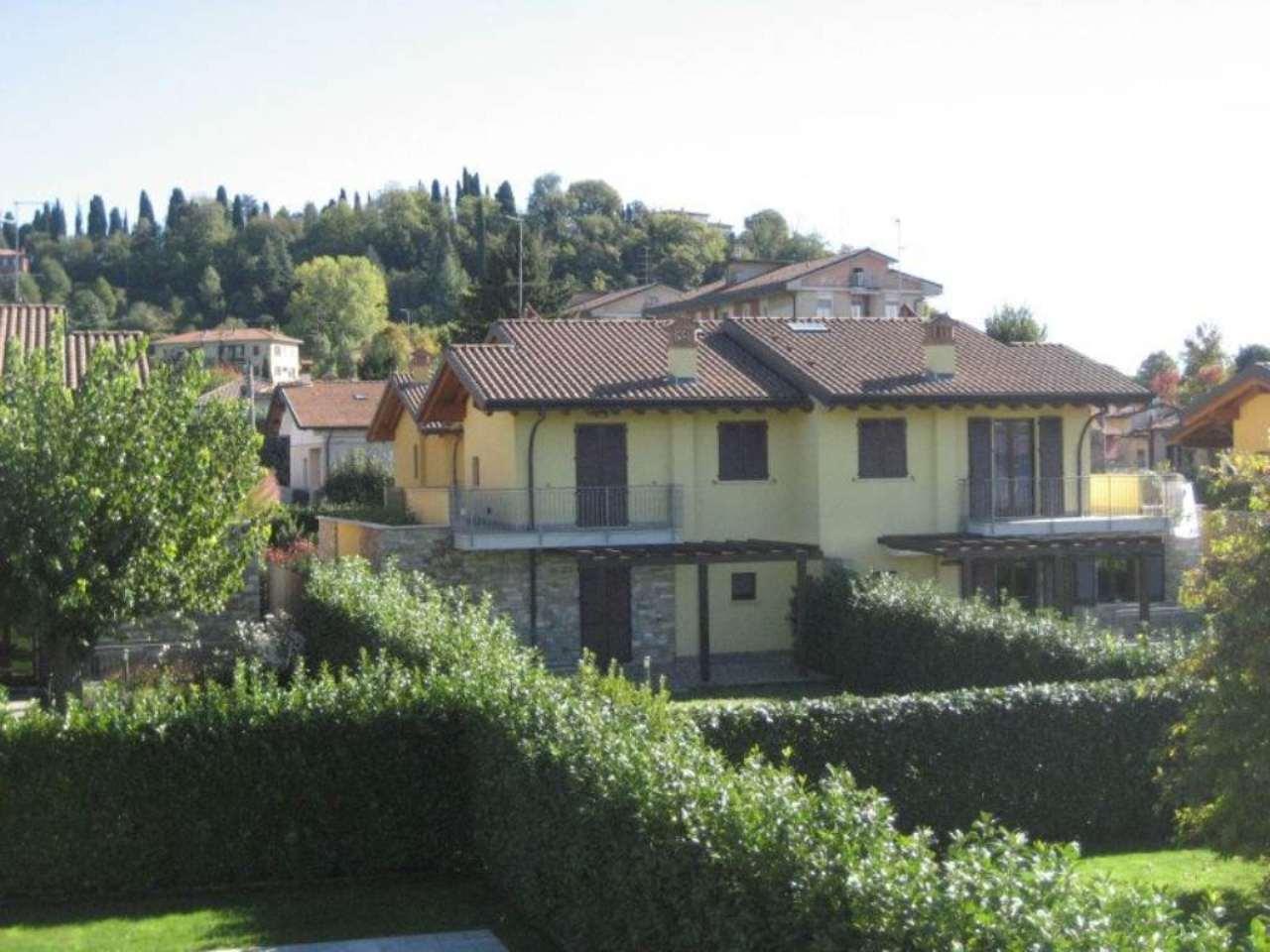 Villa in vendita a Bergamo, 5 locali, prezzo € 680.000 | Cambio Casa.it