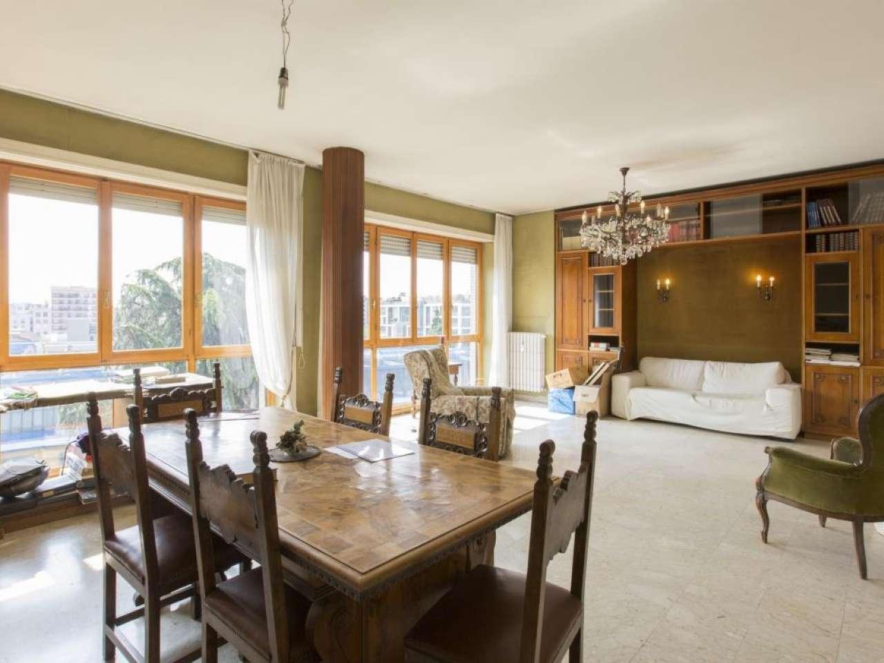 Appartamento in vendita a Milano, 5 locali, zona Zona: 10 . P.ta Genova, Romolo, Solari, Savona, Tortona, prezzo € 900.000 | Cambio Casa.it