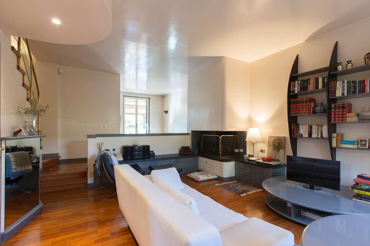 Villa in vendita a Buccinasco, 5 locali, prezzo € 620.000 | CambioCasa.it