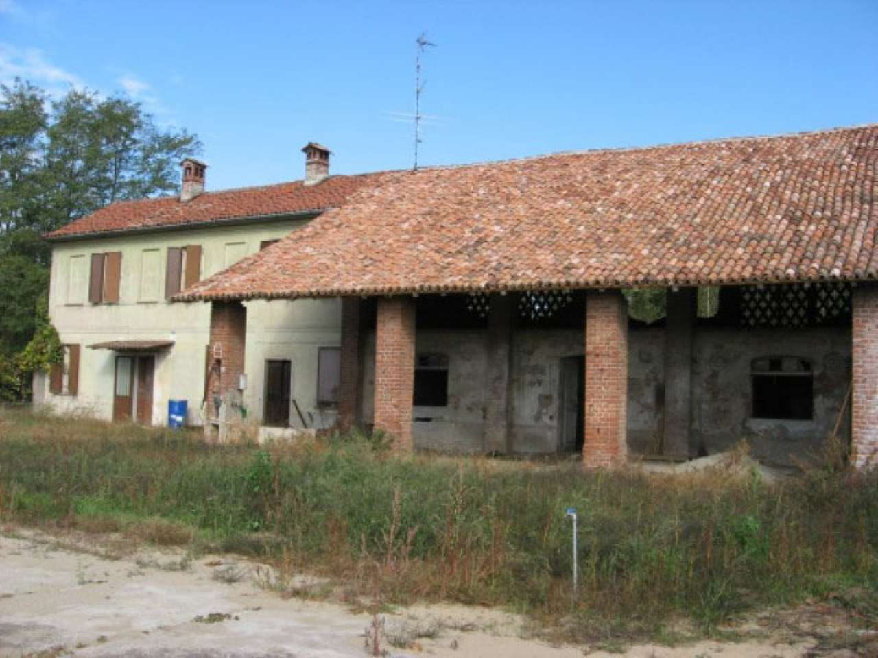 Rustico / Casale in vendita a Garlasco, 6 locali, prezzo € 145.000 | CambioCasa.it