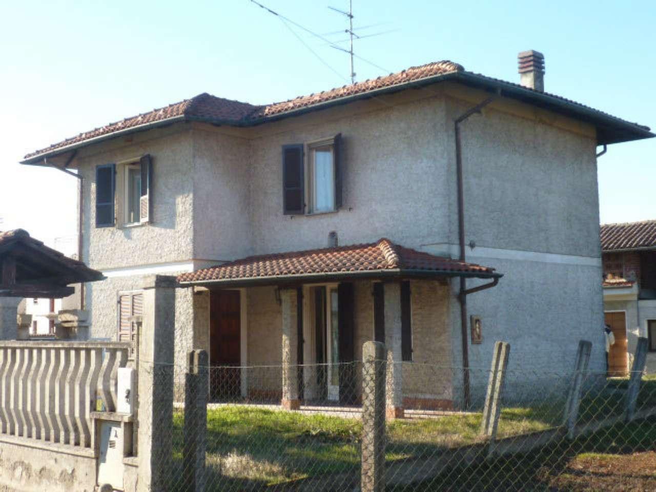 Soluzione Indipendente in vendita a Mortara, 5 locali, prezzo € 155.000 | Cambio Casa.it