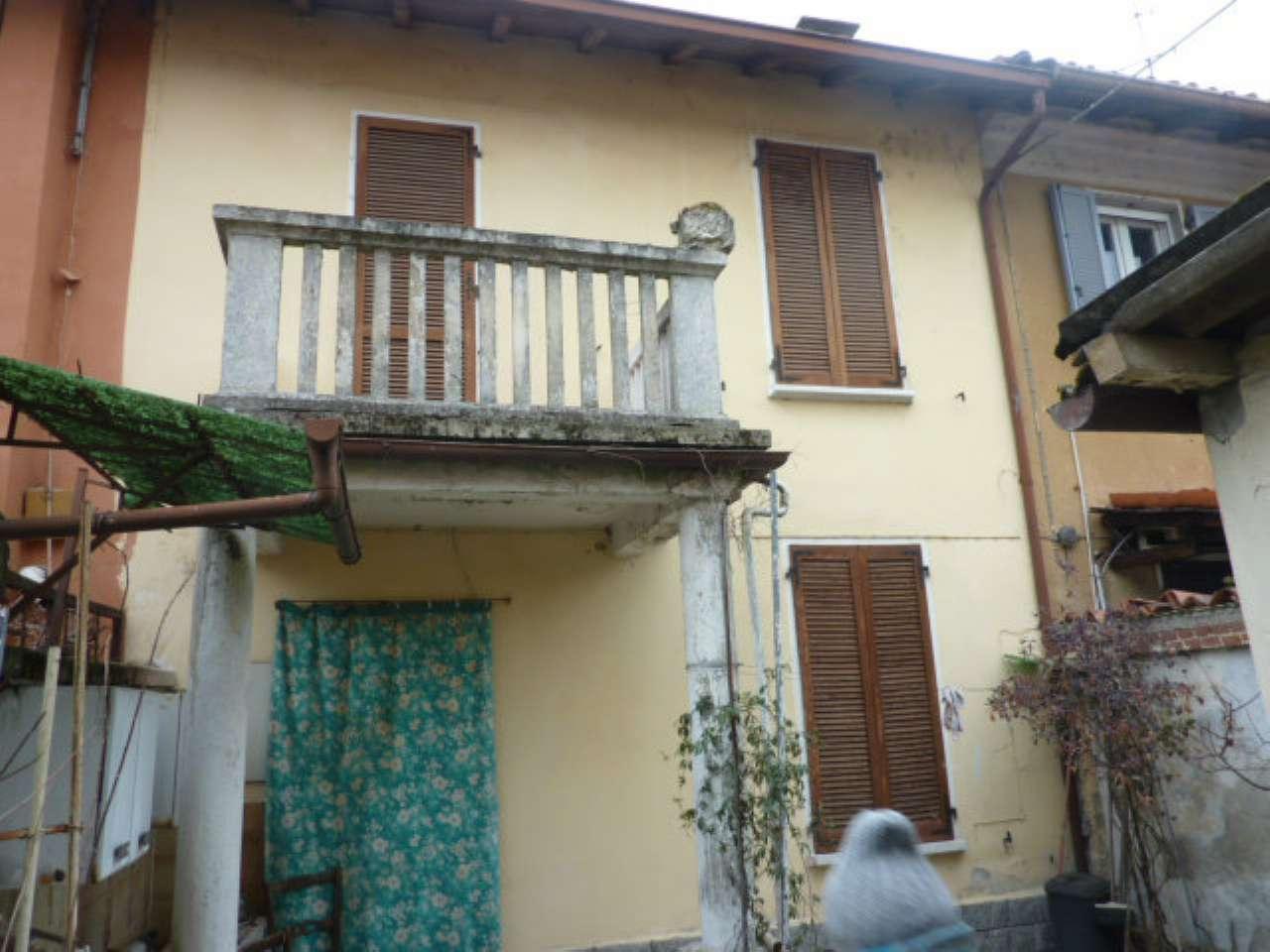 Soluzione Indipendente in vendita a Garlasco, 6 locali, prezzo € 99.000 | Cambio Casa.it