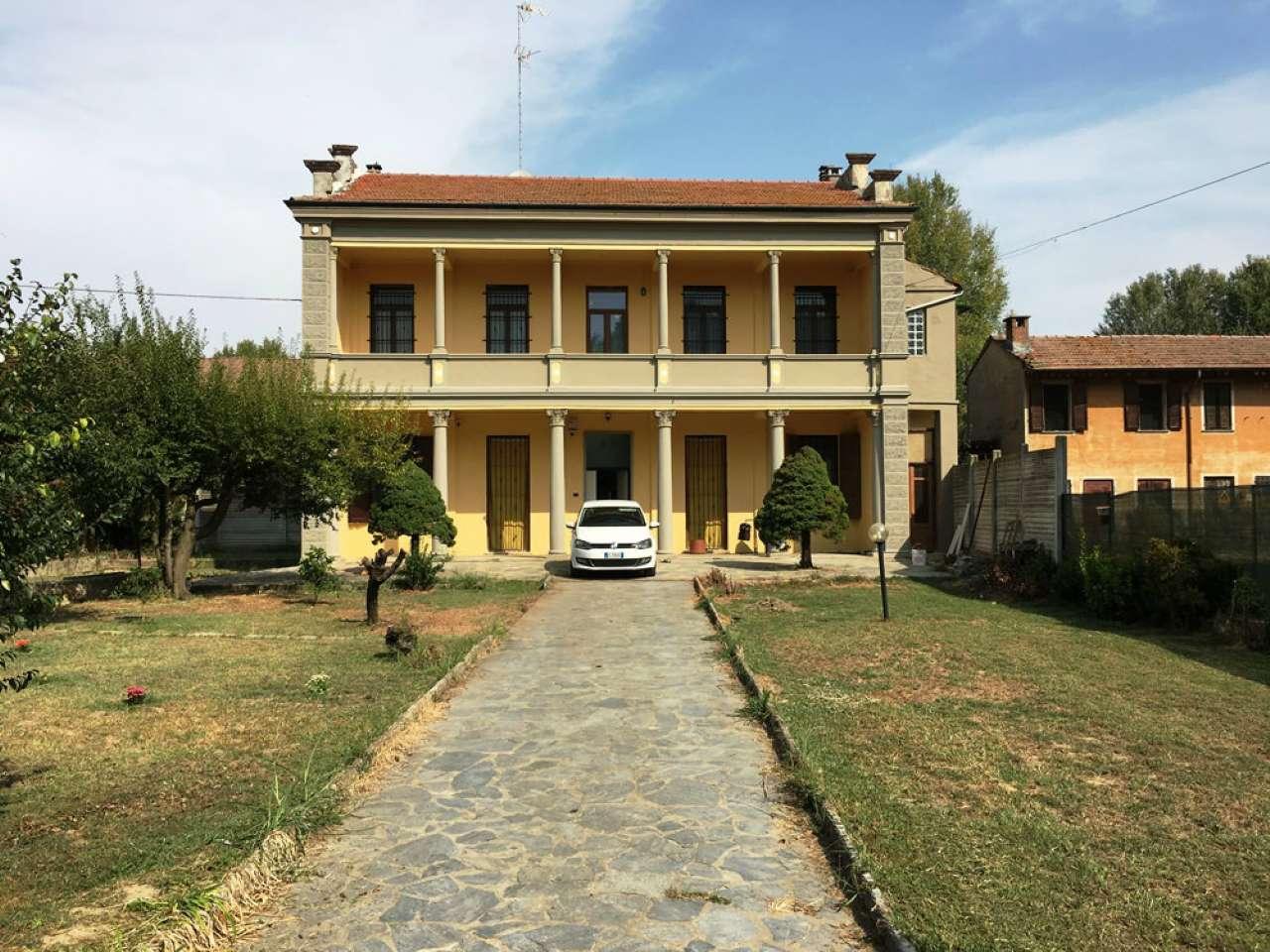 Soluzione Indipendente in vendita a Mortara, 5 locali, prezzo € 115.000 | CambioCasa.it