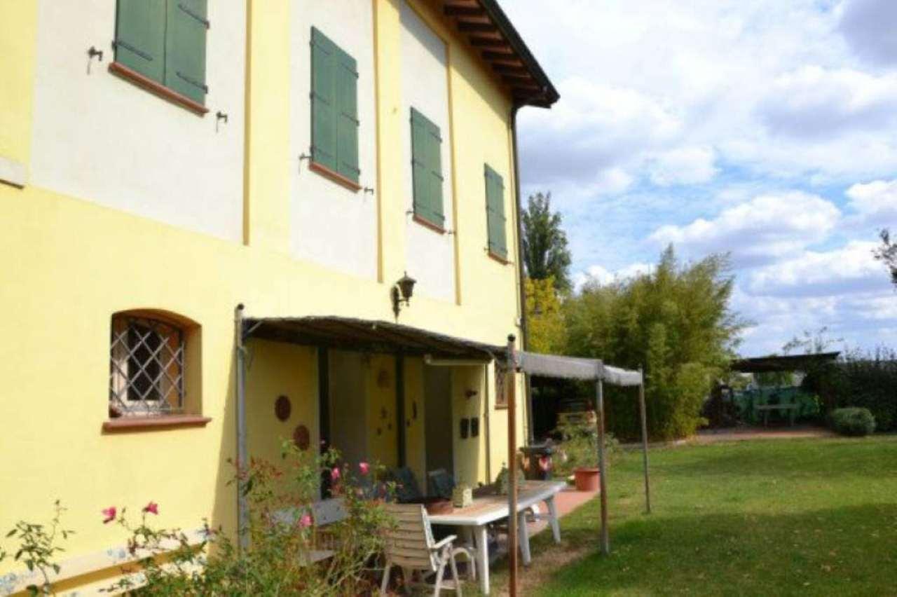 Rustico / Casale in vendita a Soliera, 10 locali, prezzo € 450.000 | CambioCasa.it
