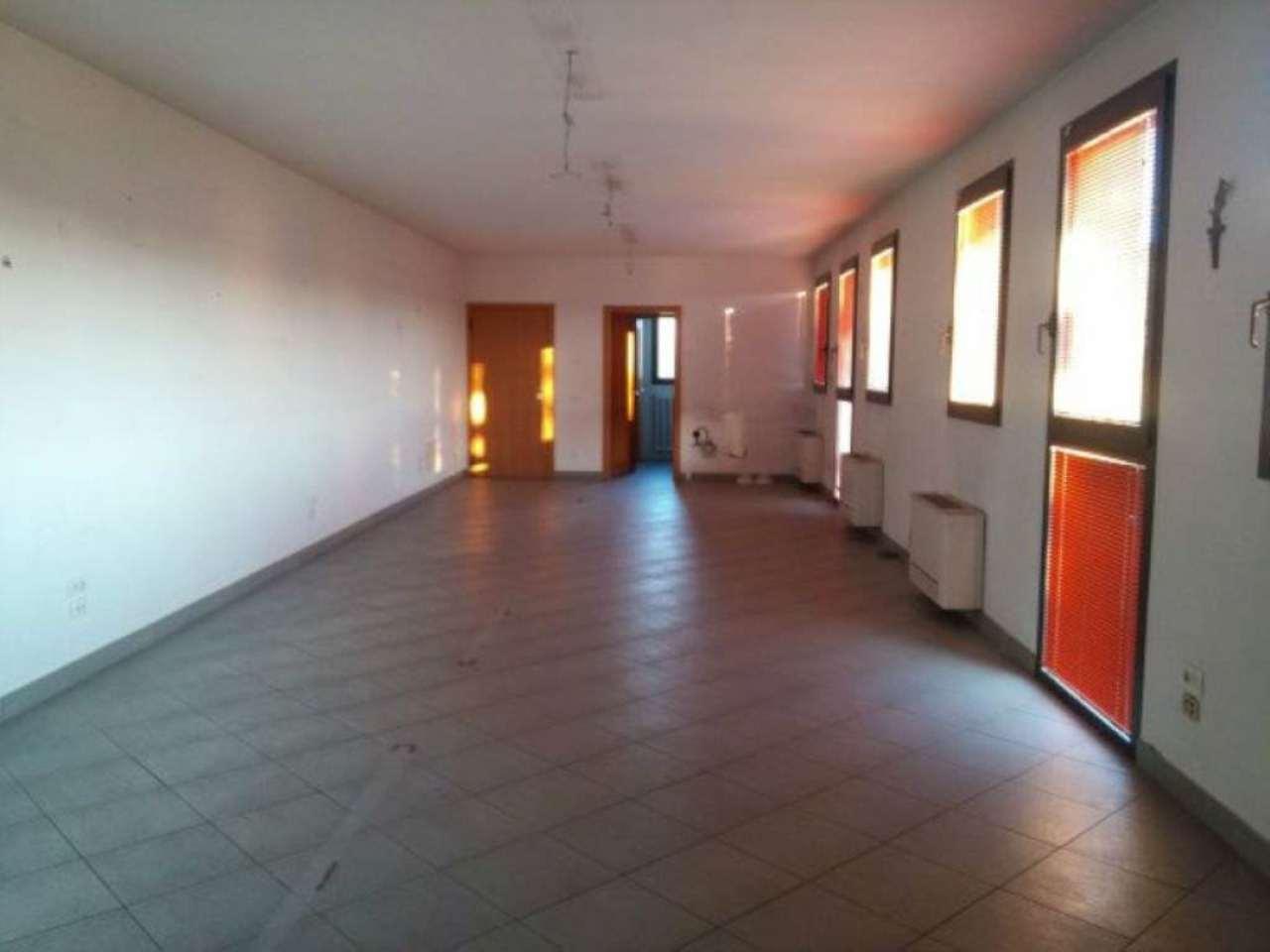 Laboratorio in affitto a Modena, 1 locali, prezzo € 650 | Cambio Casa.it