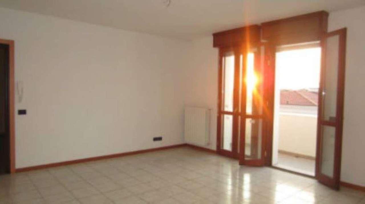 Appartamento in vendita a Bomporto, 3 locali, prezzo € 90.000 | Cambio Casa.it