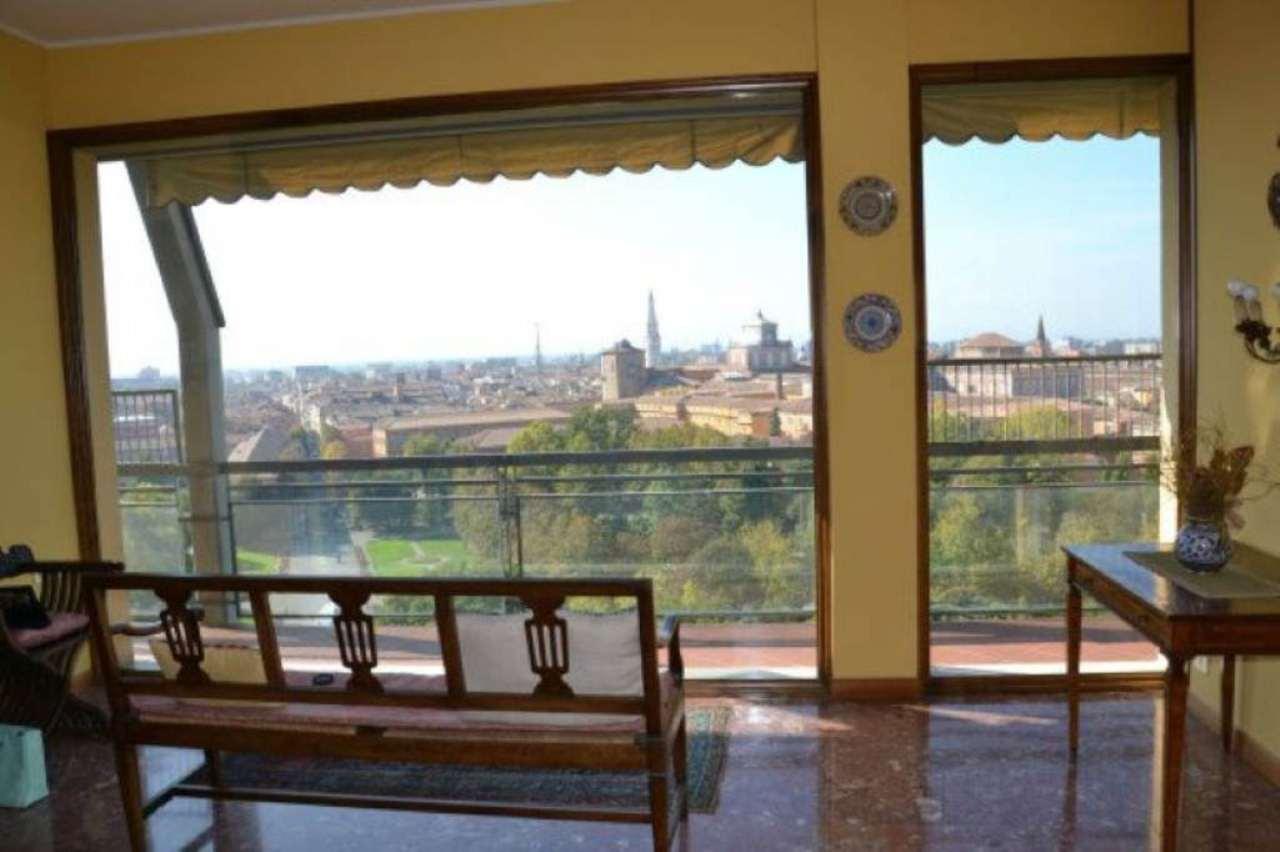 Attico / Mansarda in vendita a Modena, 9 locali, prezzo € 330.000 | Cambio Casa.it