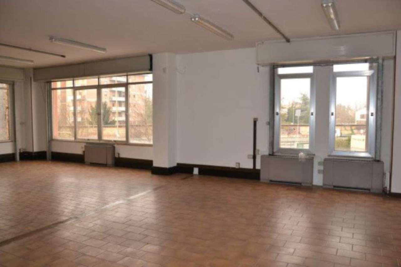 Laboratorio in affitto a Modena, 9 locali, prezzo € 2.600 | Cambio Casa.it