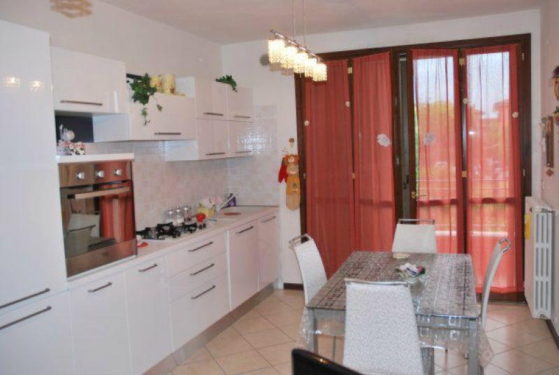 Appartamento in vendita a Bastiglia, 4 locali, prezzo € 140.000 | Cambio Casa.it