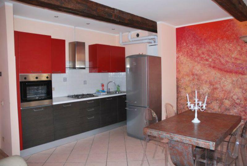 Appartamento trilocale in affitto a Modena (MO)