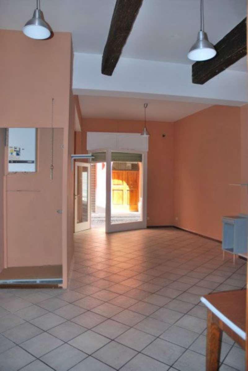 Negozio / Locale in affitto a Modena, 1 locali, prezzo € 650   Cambio Casa.it
