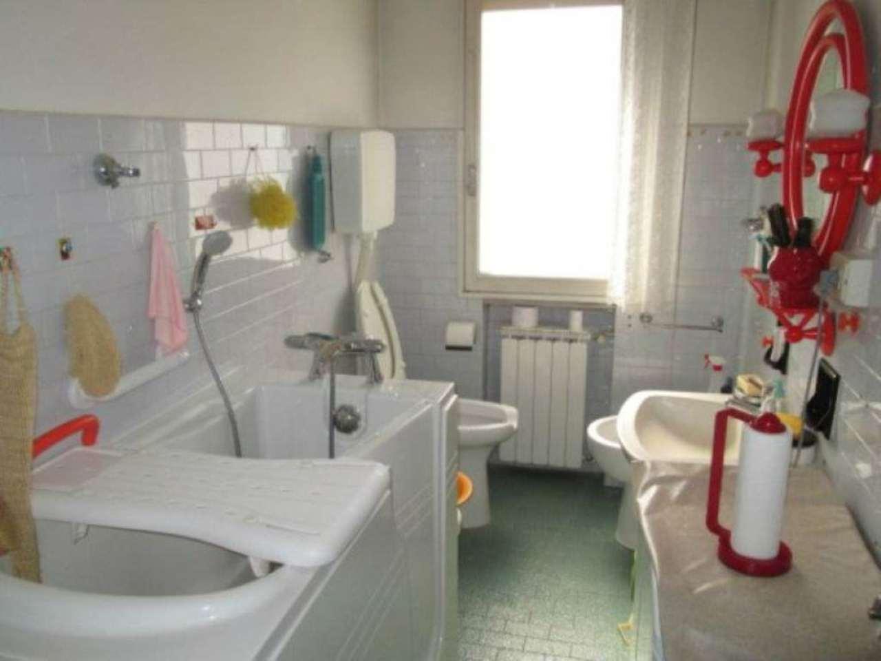 Vendesi Appartamento a Modena