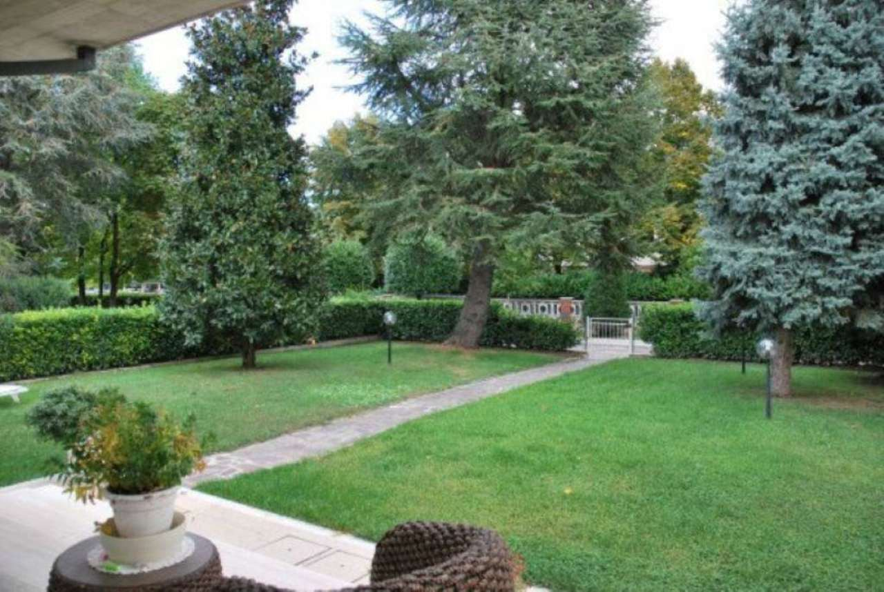 Soluzione Indipendente in vendita a Modena, 9 locali, prezzo € 900.000 | Cambio Casa.it