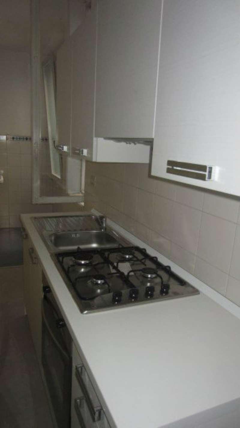 Appartamento in affitto a Modena, 4 locali, prezzo € 550   Cambio Casa.it