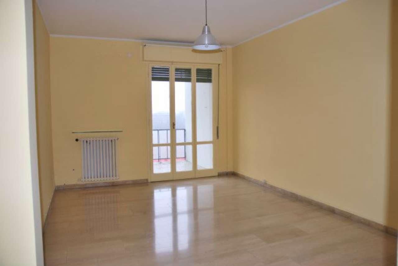 Appartamento in affitto a Modena, 4 locali, prezzo € 560 | Cambio Casa.it
