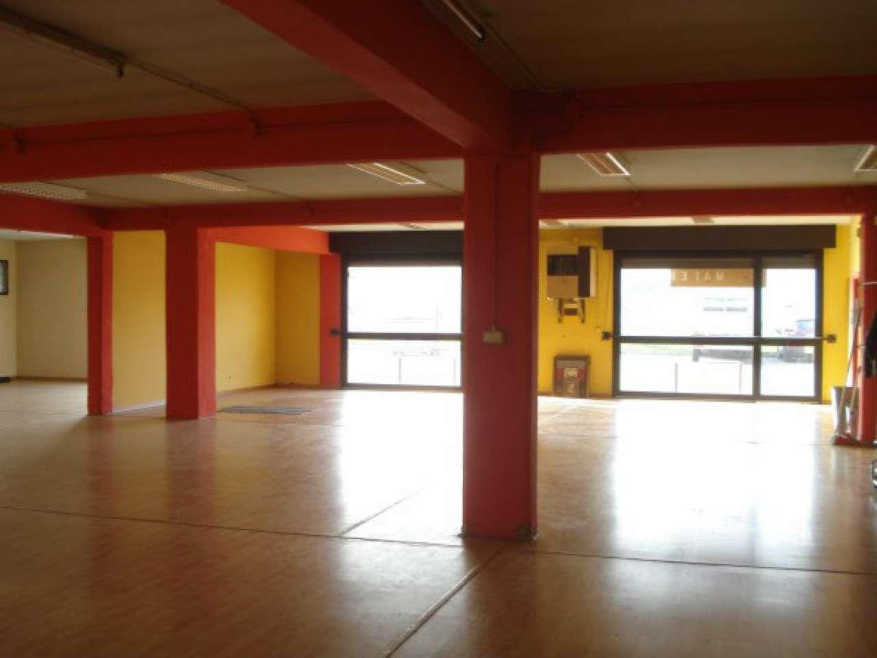 Laboratorio in affitto a Modena, 1 locali, prezzo € 1.600 | Cambio Casa.it