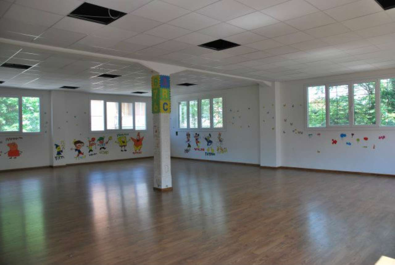 Laboratorio in affitto a Modena, 5 locali, prezzo € 1.500 | Cambio Casa.it