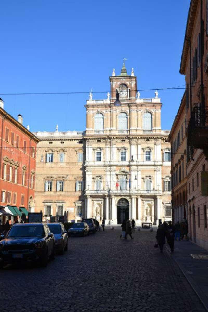 Negozio / Locale in affitto a Modena, 1 locali, prezzo € 2.200 | Cambio Casa.it