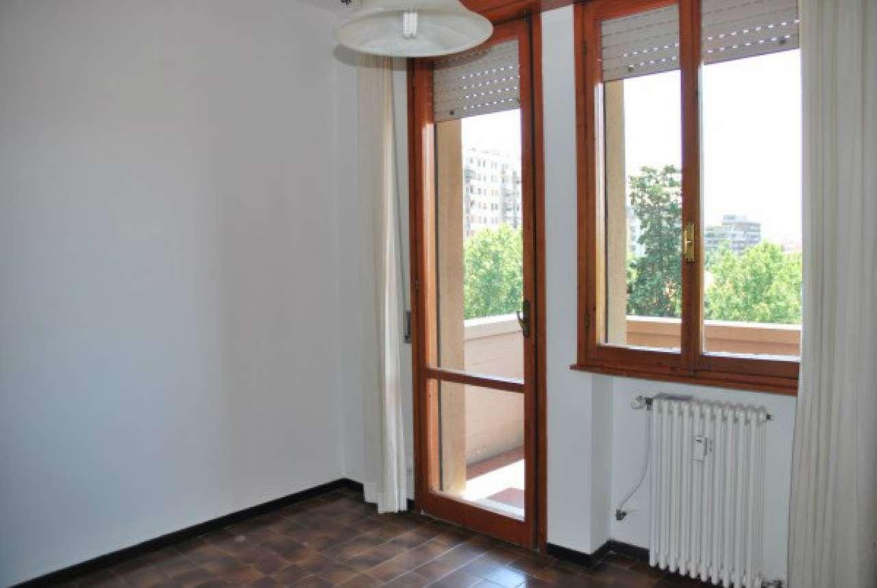 Appartamento in vendita a Modena, 1 locali, prezzo € 40.000 | Cambio Casa.it