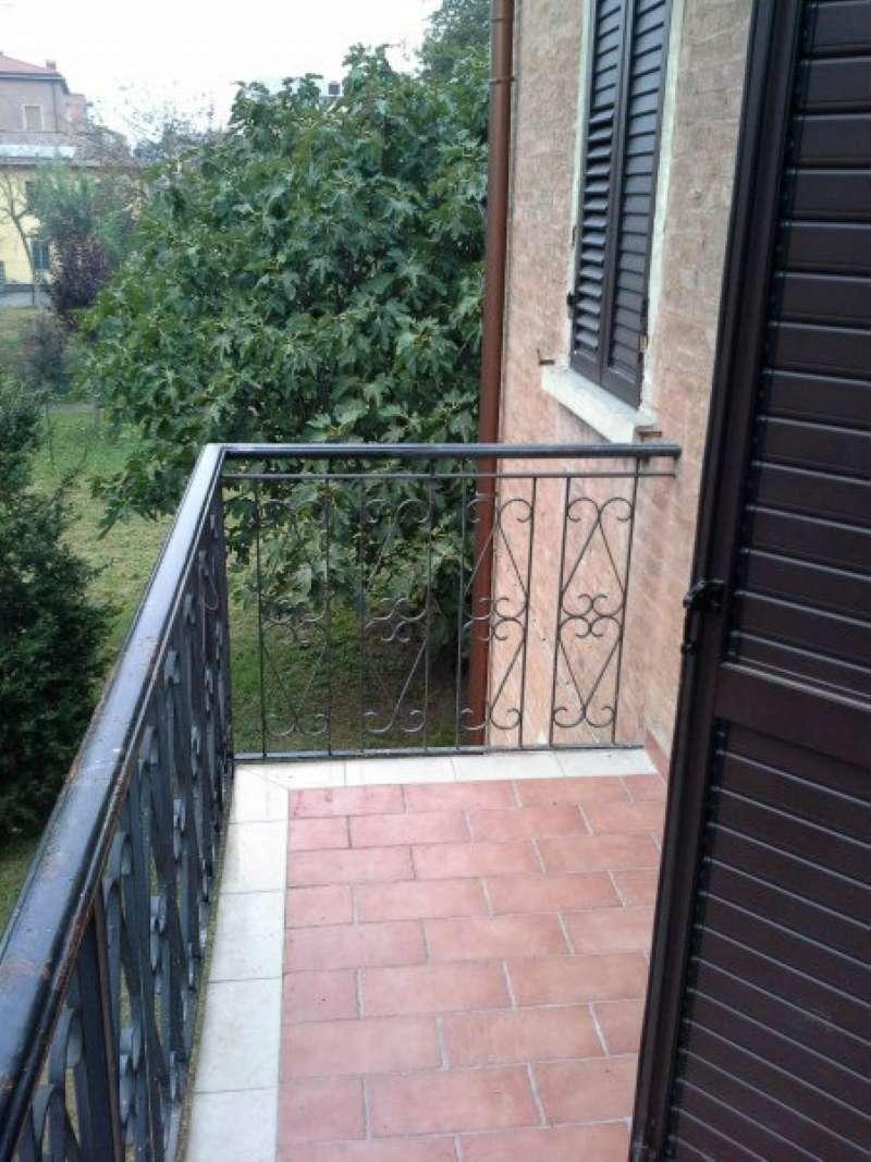 Appartamento in affitto a Modena, 4 locali, prezzo € 517 | CambioCasa.it