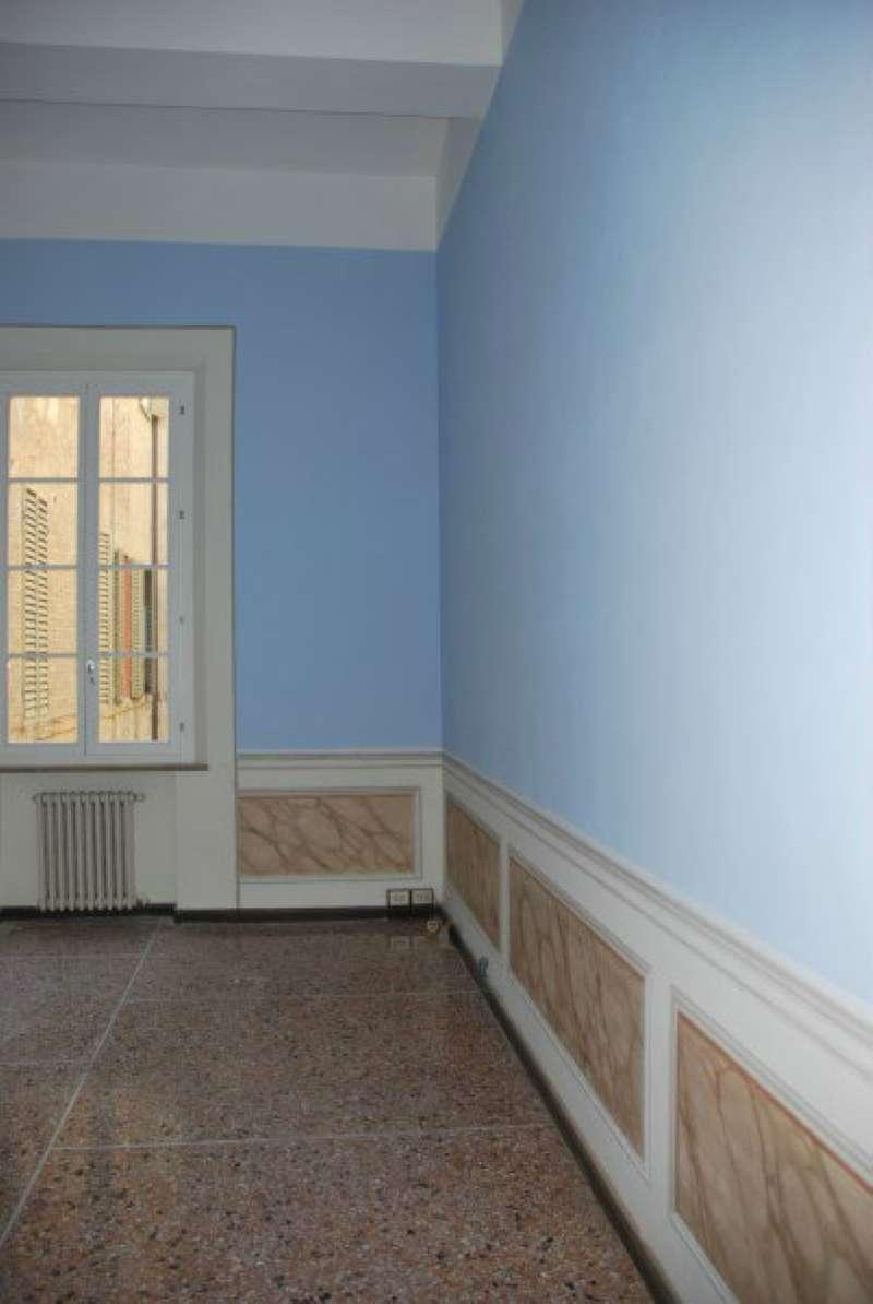Ufficio / Studio in affitto a Modena, 7 locali, prezzo € 2.000 | CambioCasa.it