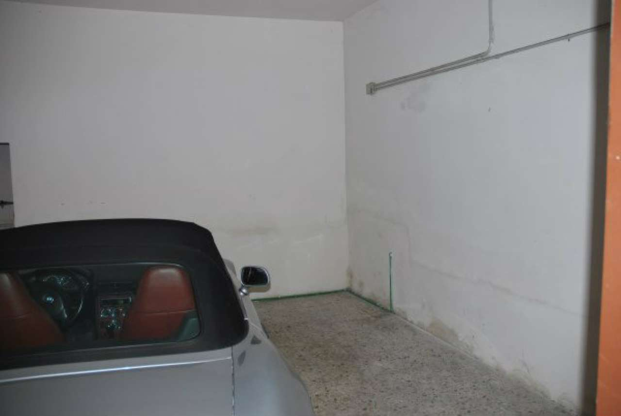 Box / Garage in affitto a Modena, 1 locali, prezzo € 300 | CambioCasa.it