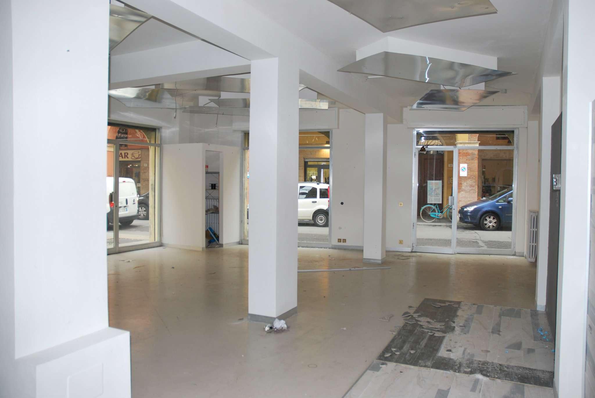 Negozio / Locale in vendita a Modena, 2 locali, prezzo € 260.000 | CambioCasa.it