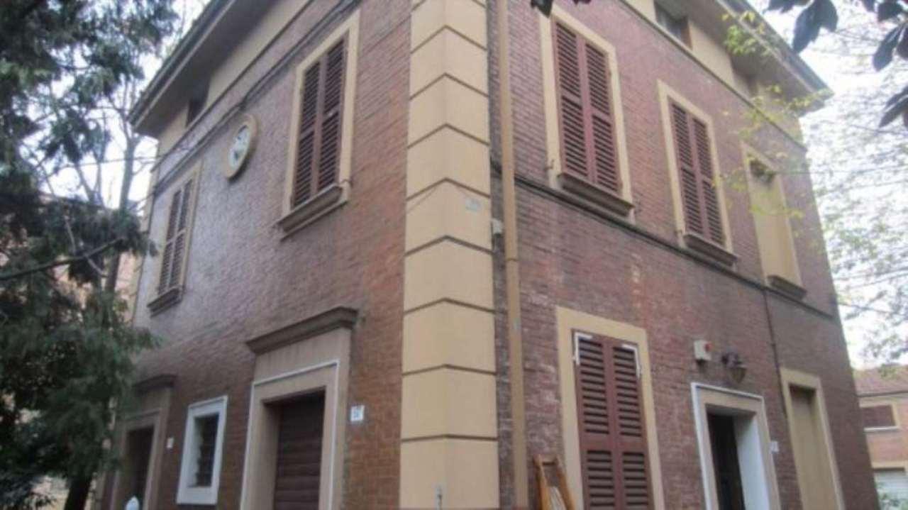 Rustico / Casale in vendita a Modena, 9999 locali, prezzo € 600.000 | CambioCasa.it