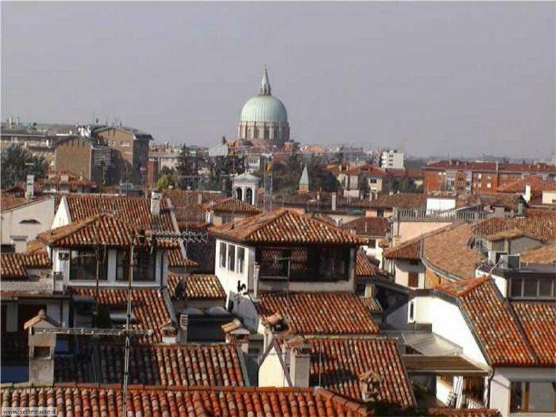 Attico / Mansarda in vendita a Udine, 4 locali, Trattative riservate | Cambio Casa.it