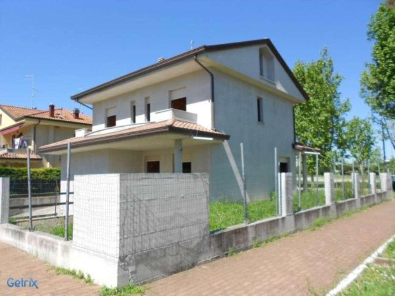 Villa in vendita a Bellaria Igea Marina, 6 locali, prezzo € 590.000 | Cambio Casa.it
