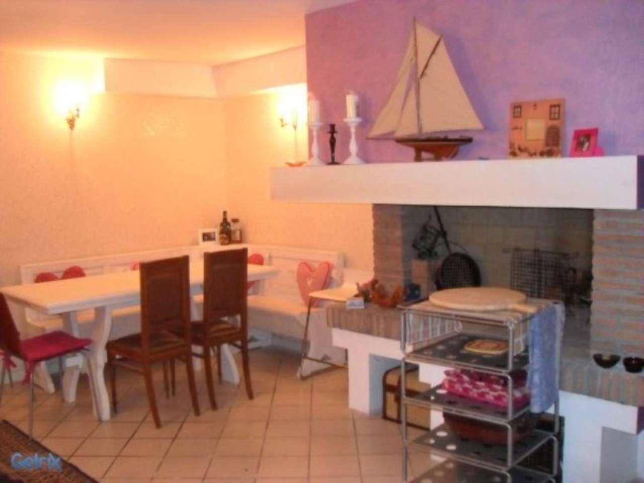Villa a Schiera in vendita a Verucchio, 6 locali, prezzo € 300.000 | Cambio Casa.it