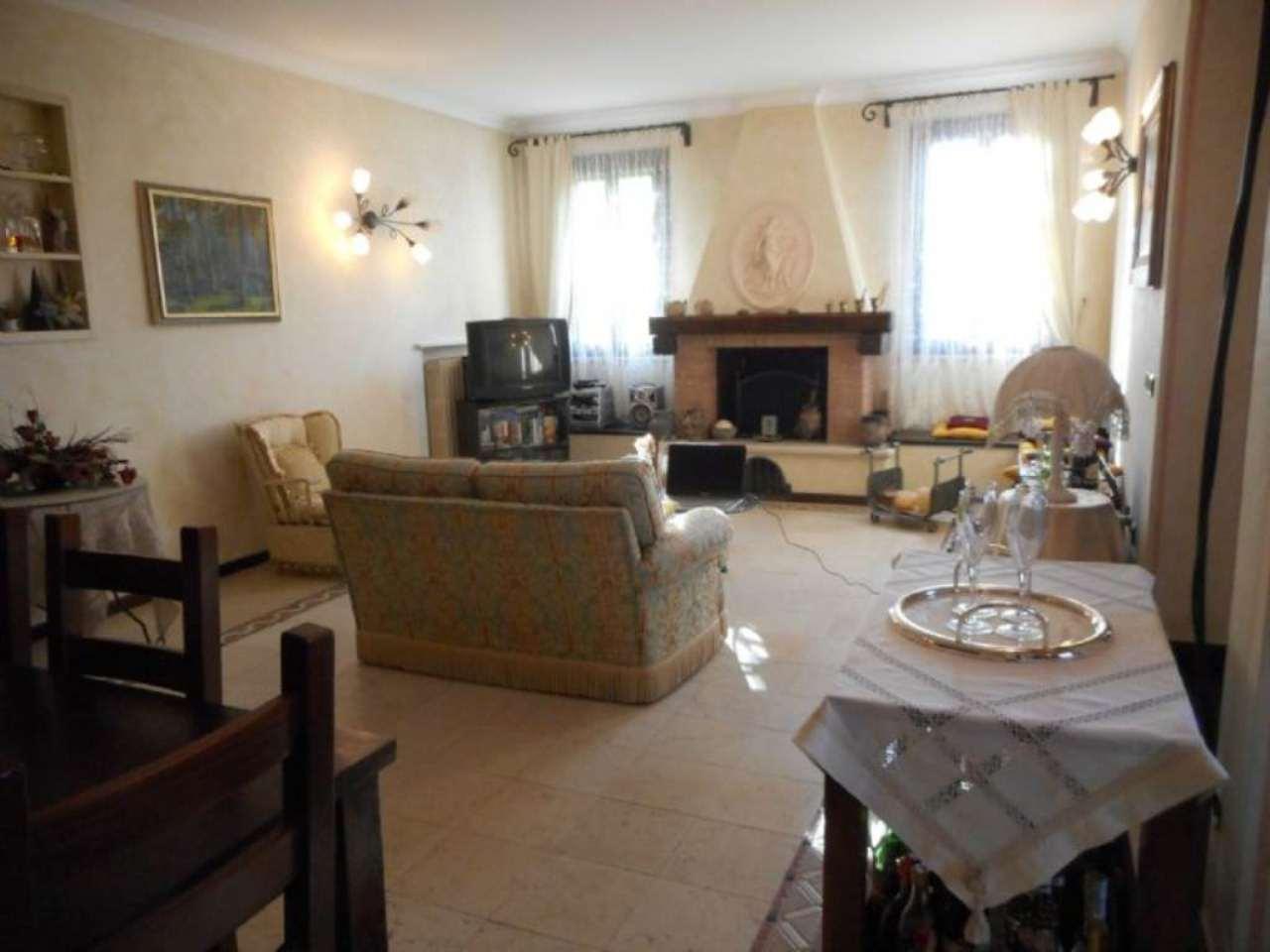 Soluzione Indipendente in vendita a Rimini, 10 locali, prezzo € 480.000 | Cambio Casa.it