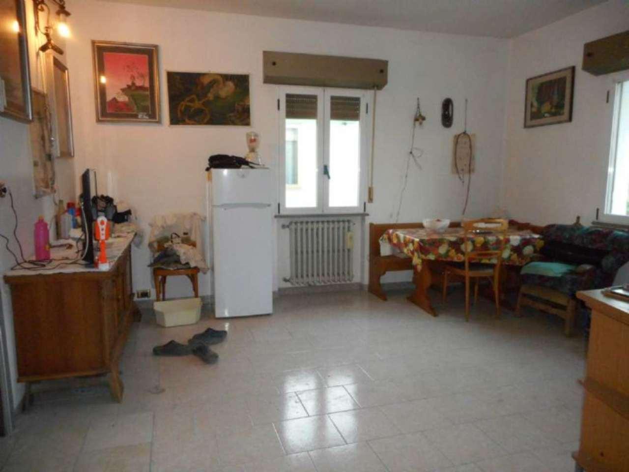 Soluzione Indipendente in vendita a Rimini, 12 locali, prezzo € 490.000 | Cambio Casa.it