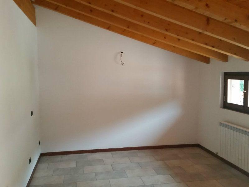 Appartamento in affitto a Pescate, 3 locali, prezzo € 550   Cambiocasa.it
