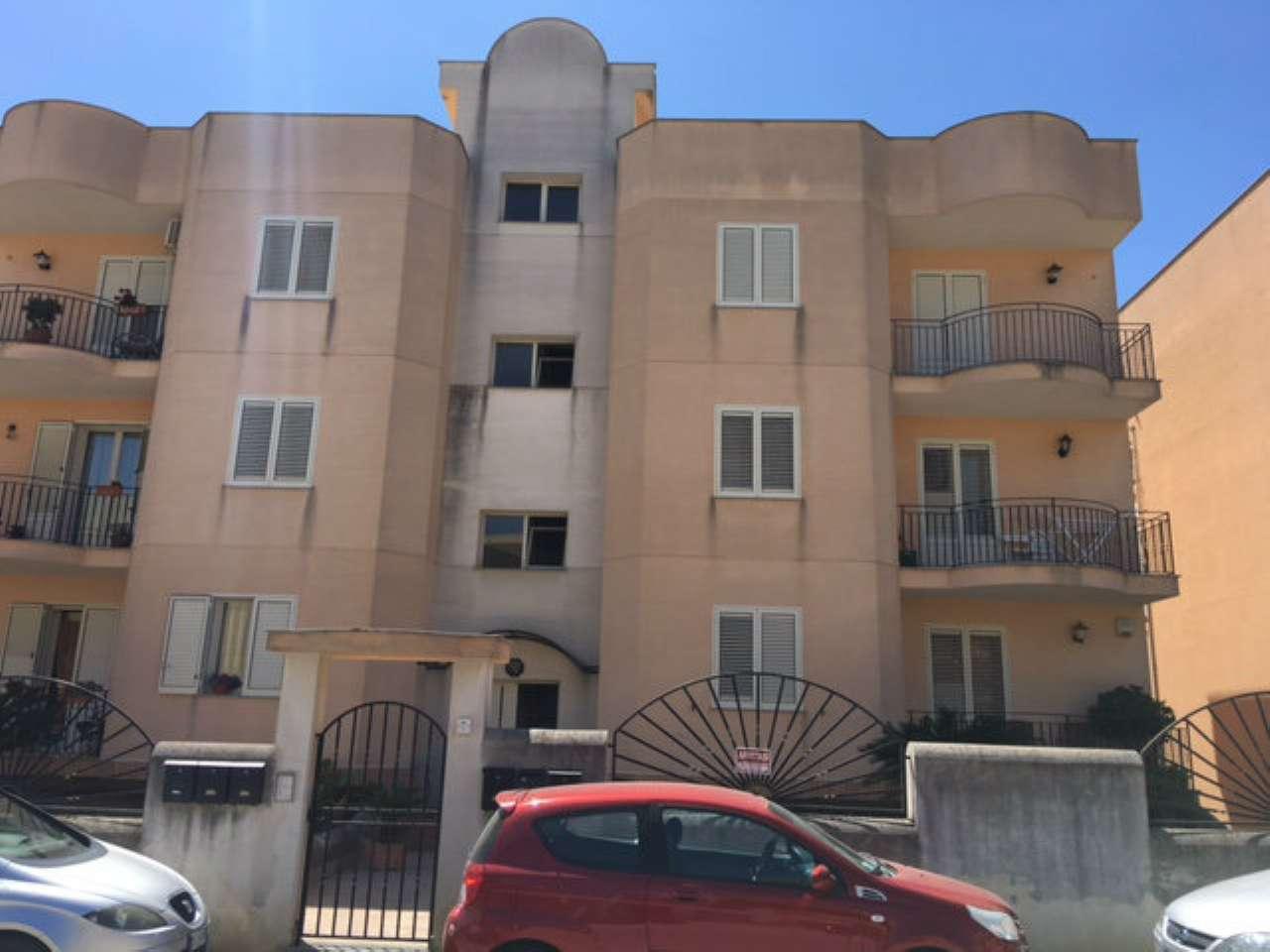 Appartamento in vendita a Castelvetrano, 5 locali, prezzo € 139.000 | CambioCasa.it