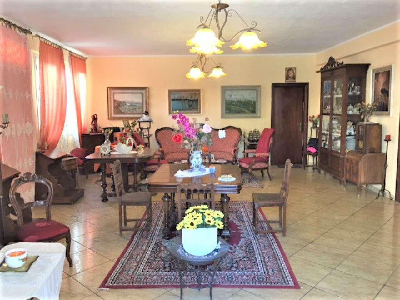 Soluzione Indipendente in vendita a Castelvetrano, 6 locali, prezzo € 210.000 | Cambio Casa.it