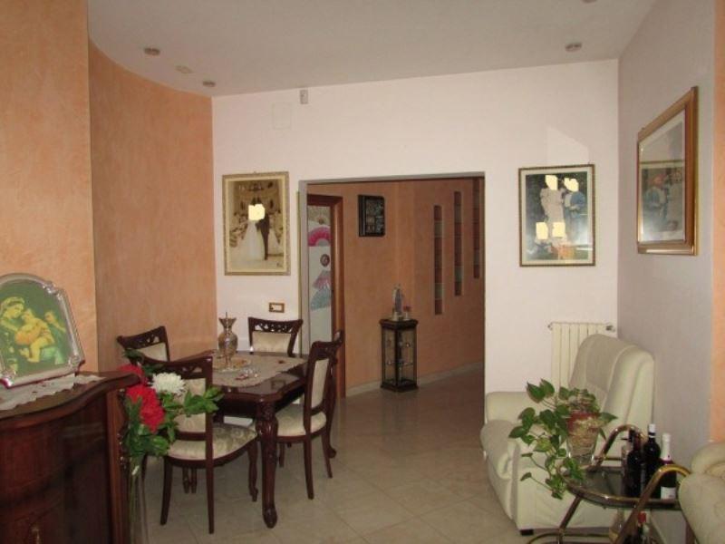 Appartamento in vendita a Foggia, 5 locali, prezzo € 215.000 | CambioCasa.it