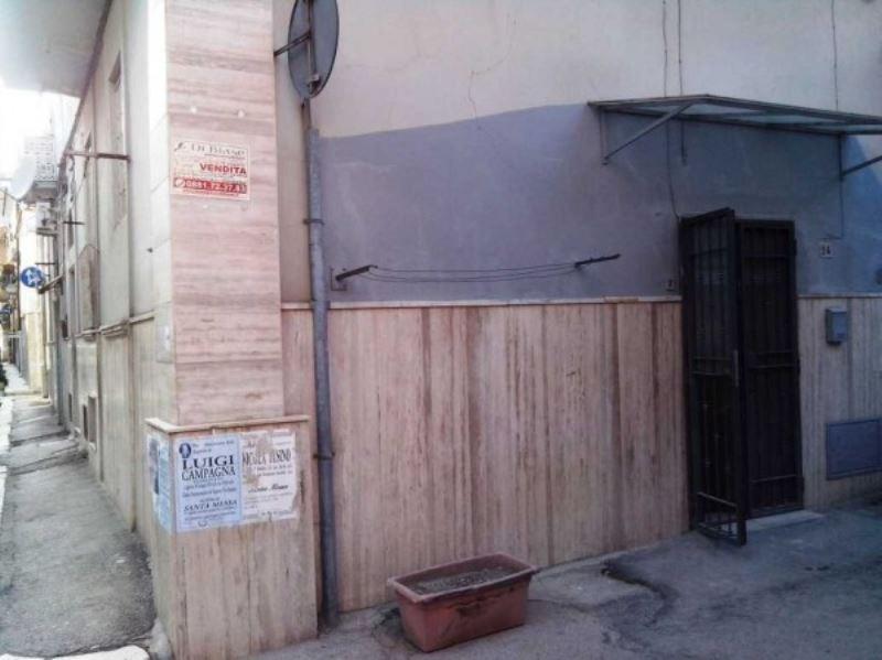 Appartamento in vendita a Foggia, 2 locali, prezzo € 24.000 | Cambio Casa.it