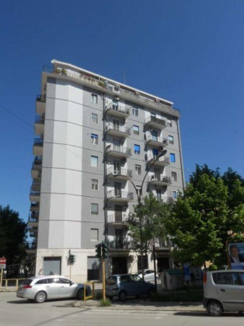 Appartamento in vendita a Foggia, 3 locali, prezzo € 123.000 | CambioCasa.it