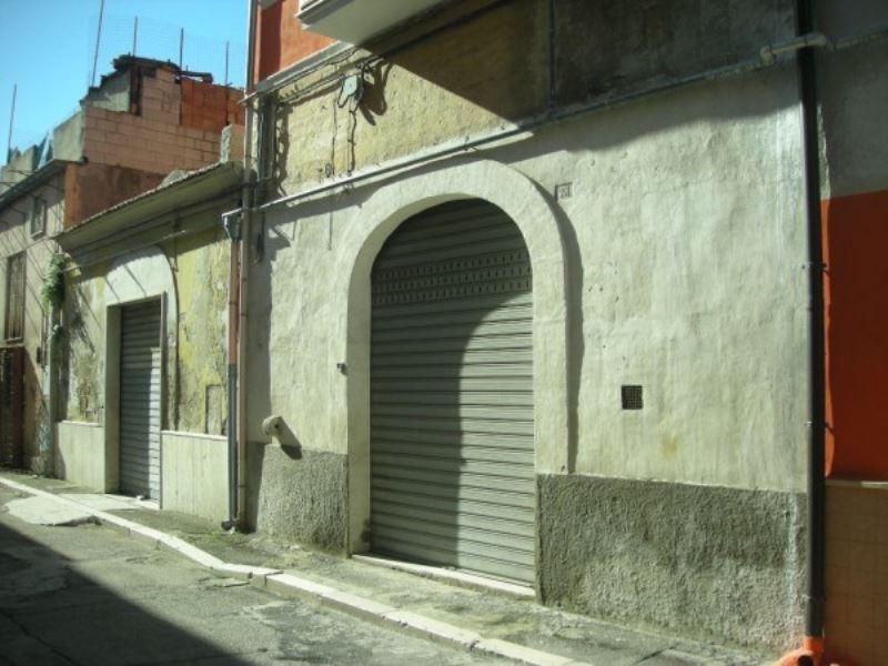 Appartamento in vendita a Foggia, 2 locali, prezzo € 38.000 | CambioCasa.it