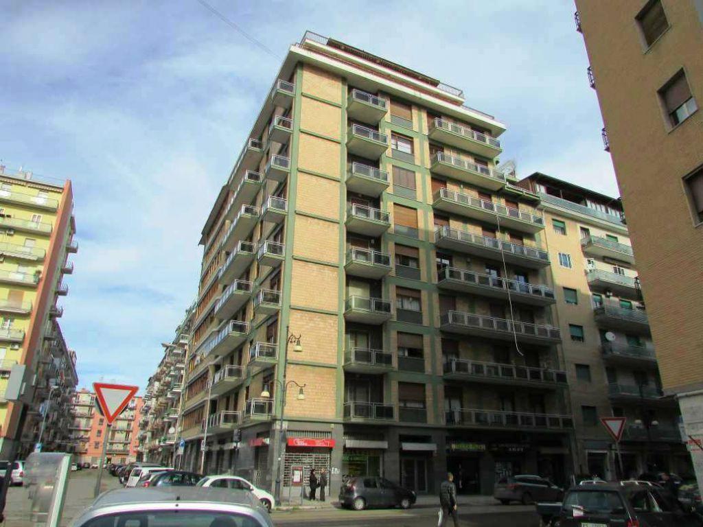 Appartamento in vendita a Foggia, 4 locali, prezzo € 228.000 | CambioCasa.it