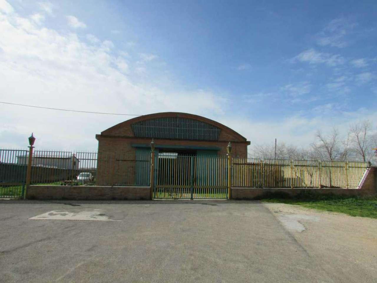 Capannone in vendita a Foggia, 1 locali, Trattative riservate | Cambio Casa.it