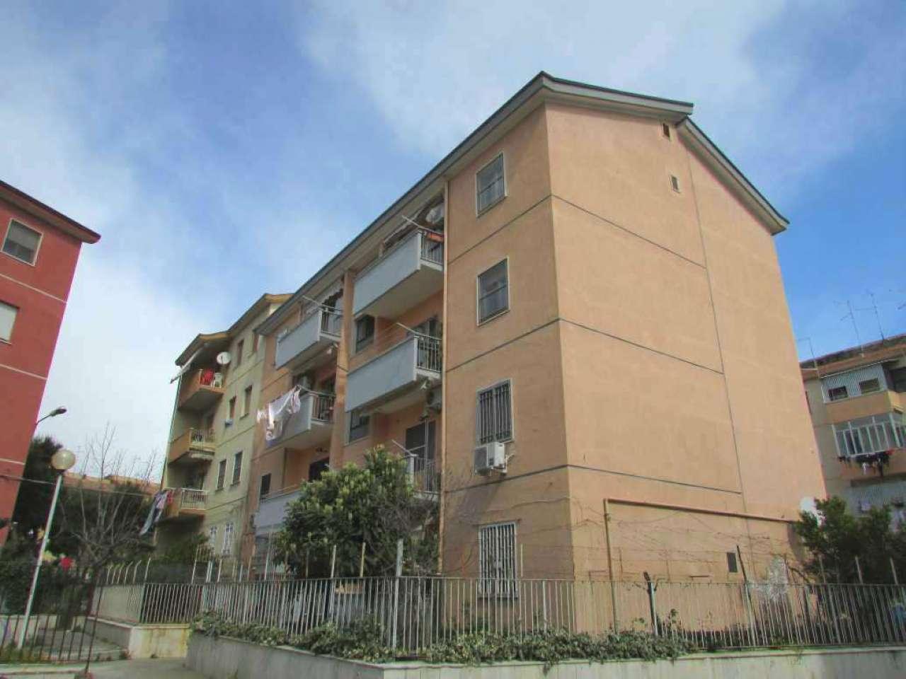 Appartamento in vendita a Foggia, 4 locali, prezzo € 79.000 | CambioCasa.it