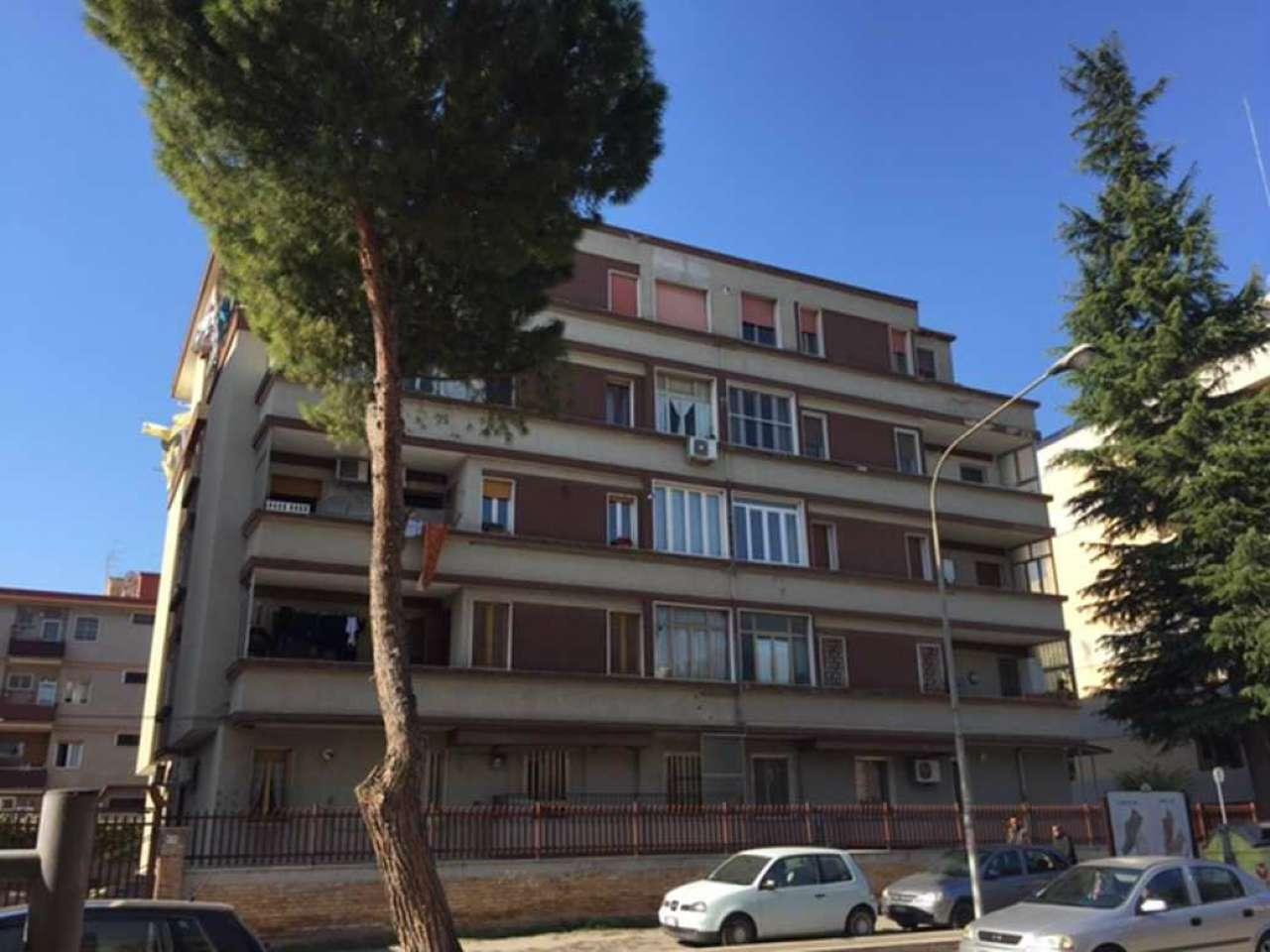 Appartamento in vendita a Foggia, 4 locali, prezzo € 125.000 | CambioCasa.it