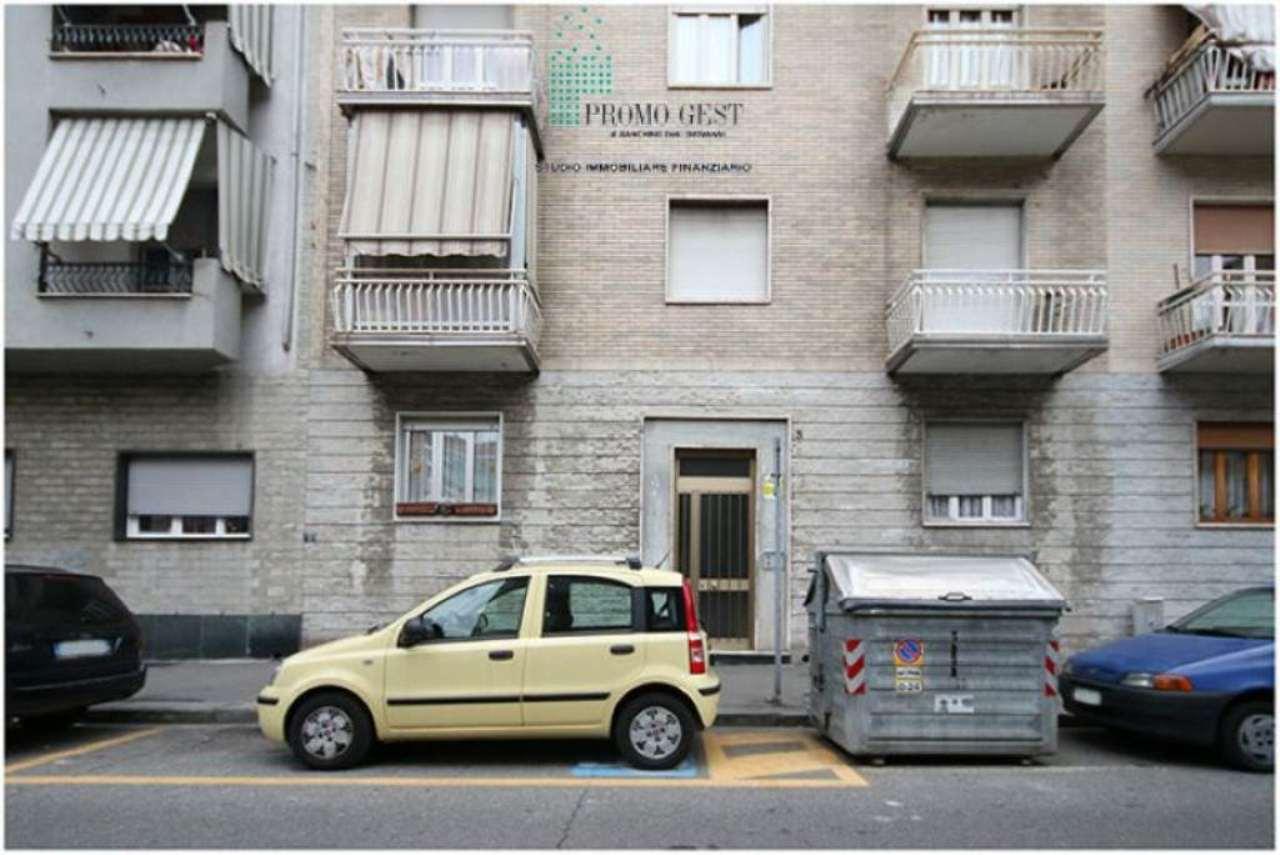 Bilocale Torino Via Monte Valderoa 2