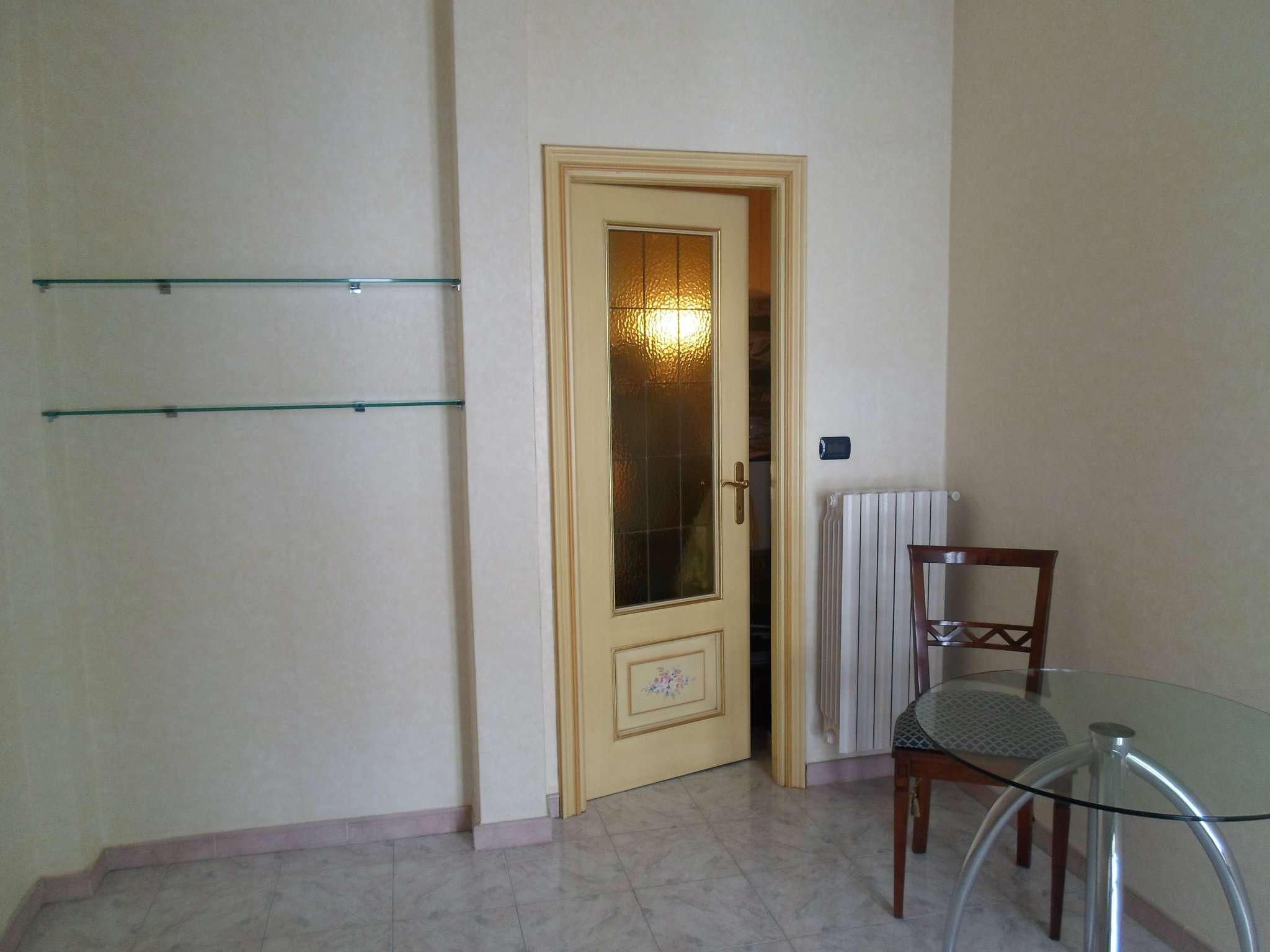 Bilocale Torino Via Monte Valderoa 6