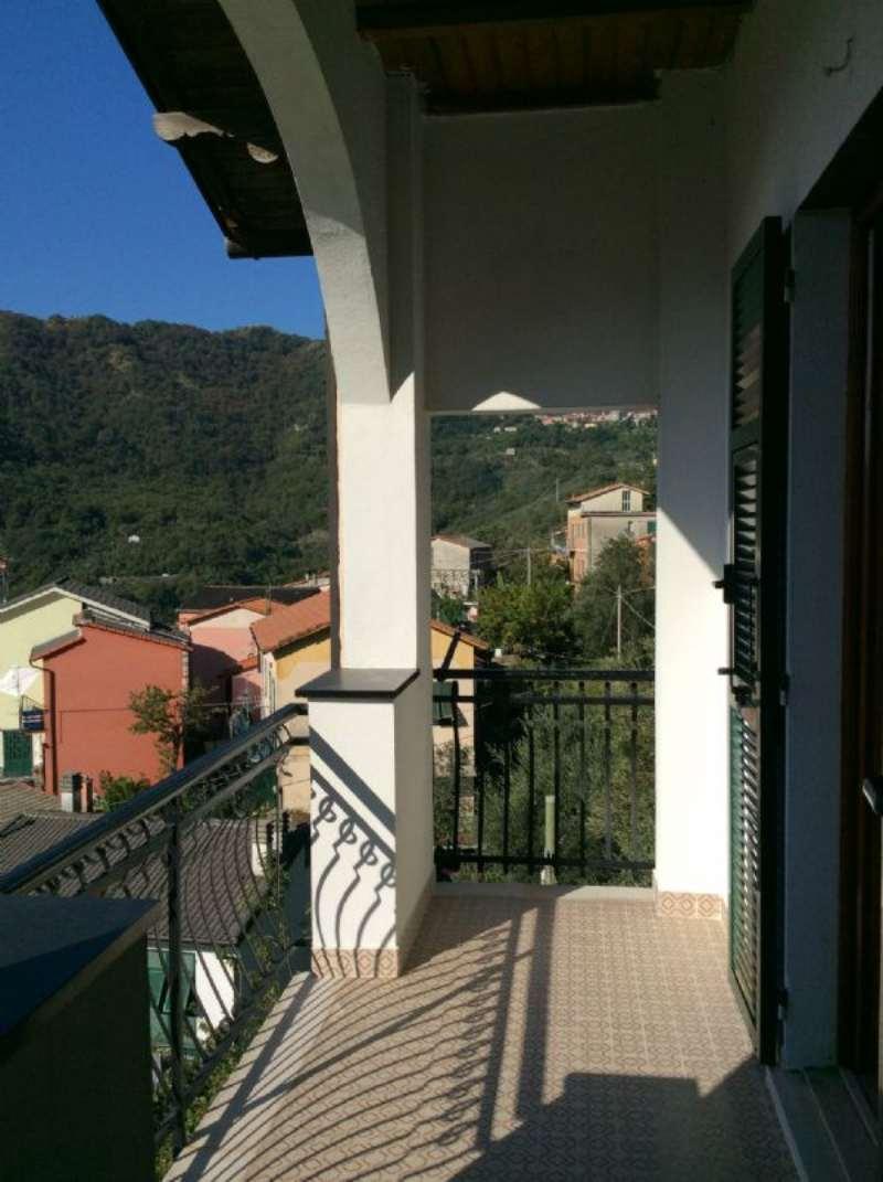 Appartamento in affitto a Uscio, 8 locali, prezzo € 500 | Cambio Casa.it